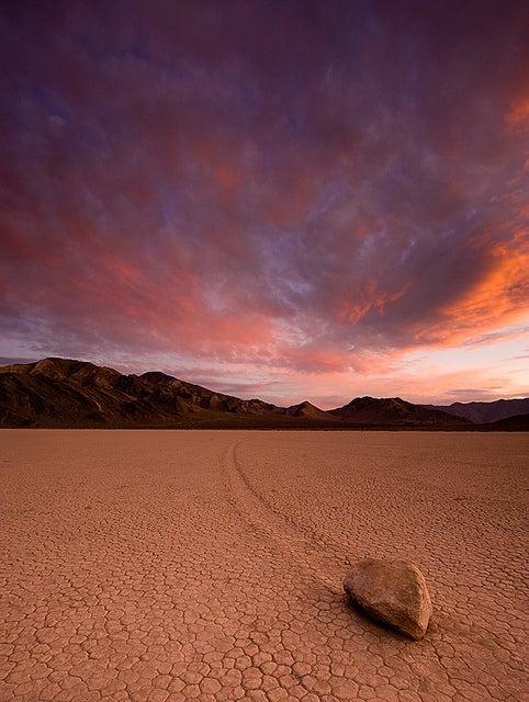 natual phenomena_Moving rocks_opodo travel blog