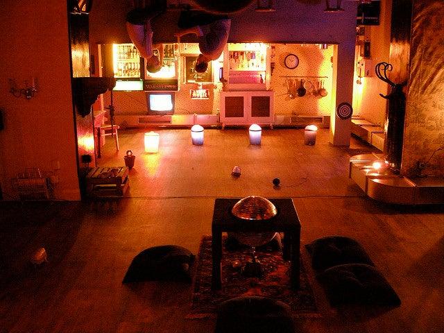 guide des bars de berlin les lieux ne pas manquer blog de voyage d 39 opodo opodo le blog. Black Bedroom Furniture Sets. Home Design Ideas