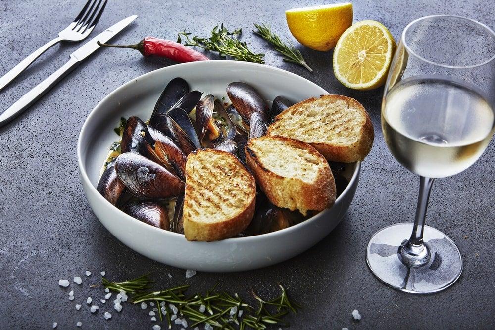 moules sauce au vin blanc - blog Opodo