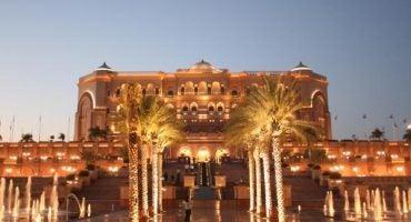 Un hôtel 8 étoiles à Abu Dhabi !