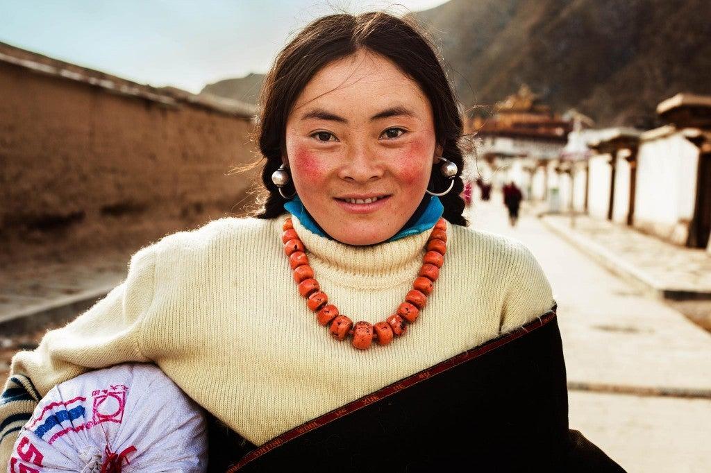 Jeune tibétaine en Chine