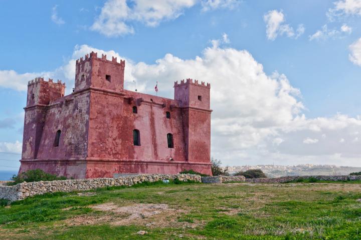 La Tour Rouge sur l'île de Malte