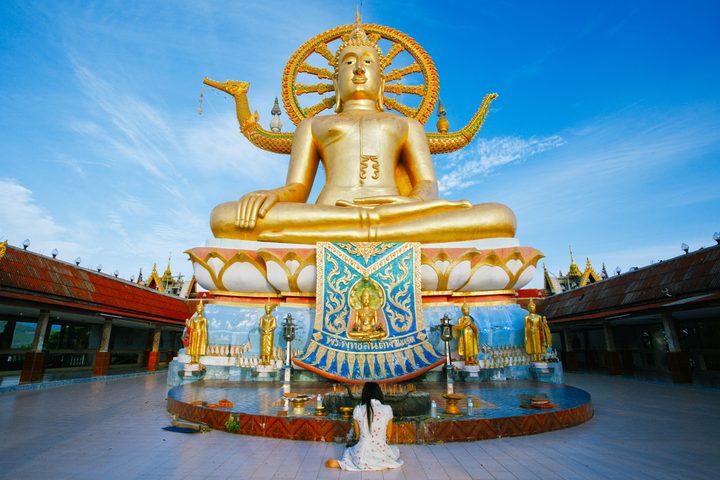 The-big-buddha-temple-at-Koh-Samui